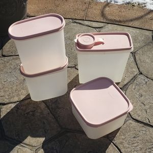 Tupperware- Lot of 4 pieces with pink lids
